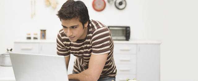 Is it worth choosing an online car loan?